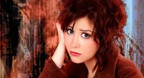 منة شلبي تتبرأ من تهمة الهروب من مصر خلال الثورة